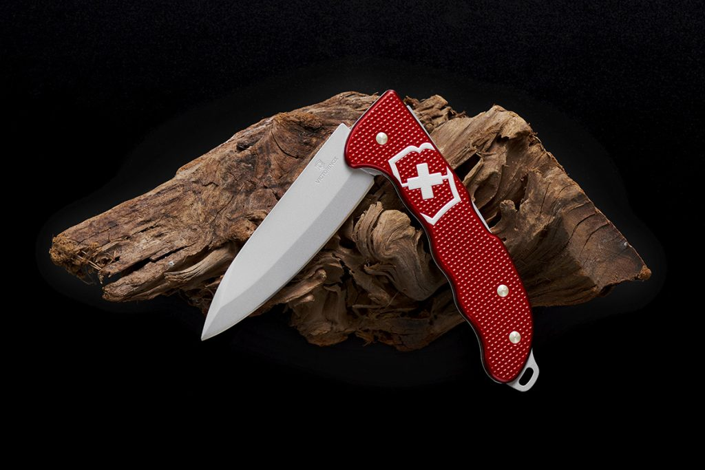 RELEASE - The Victorinox Hunter Pro Alox